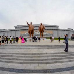 Mansudae Place mit den größten Führern
