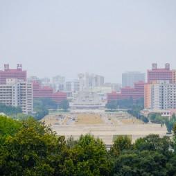 Blick vom Mansudae Platz über die Stadt